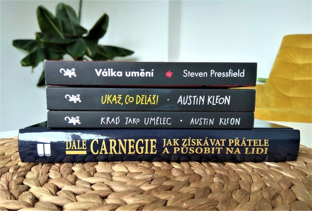4 tipy na letní čtení nejen pro copywritery